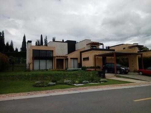 casas en venta hato grande 638-1084
