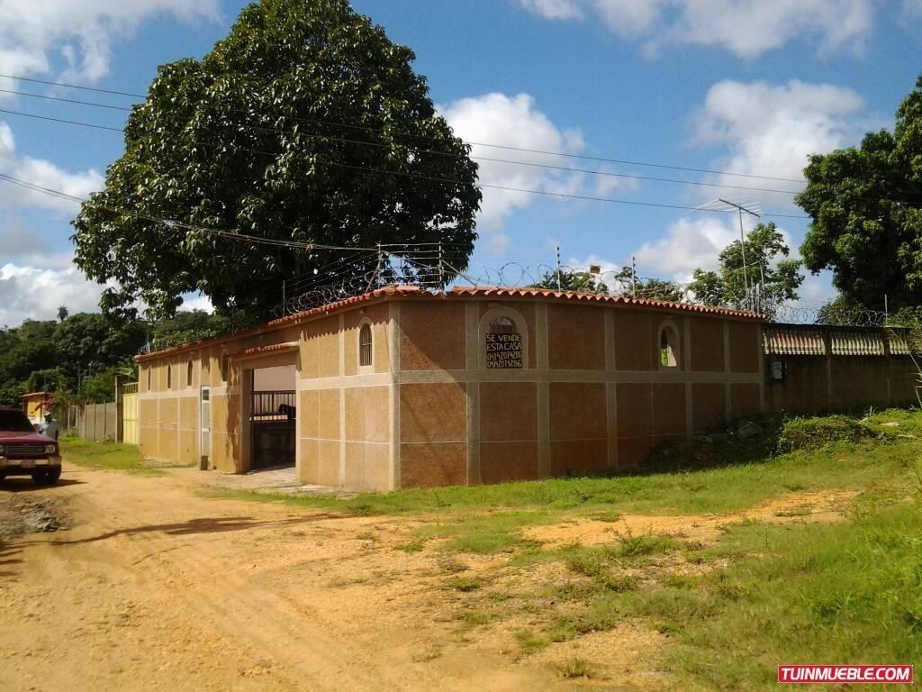 casas en venta higuerote - carmen ramírez 04123995578