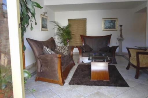 casas en venta malibu la alhambra 90-9786