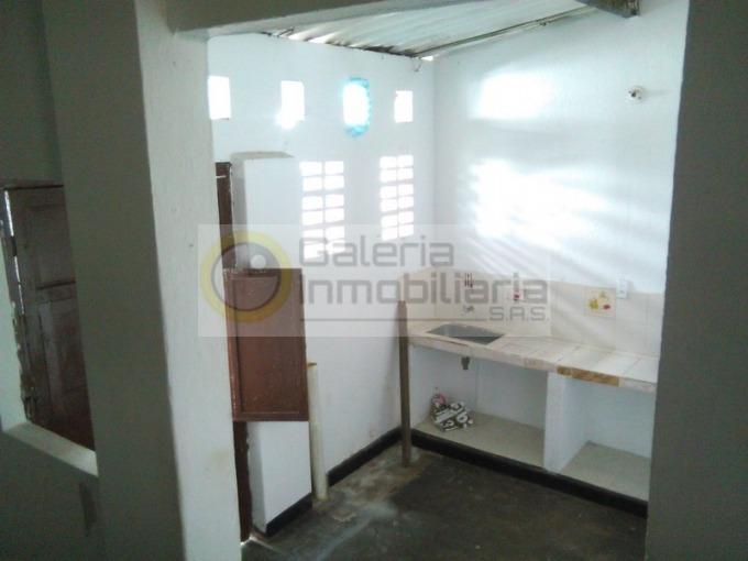 casas en venta santa ana 704-4121