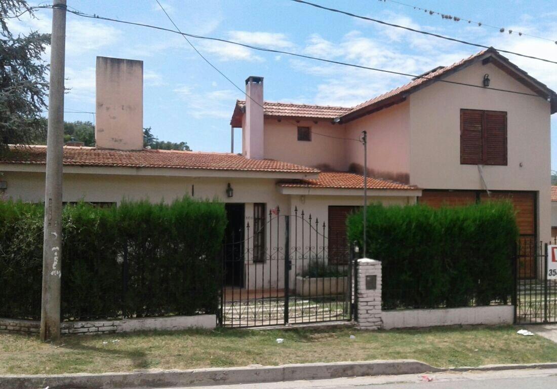 casas  en villa carlos paz  b* la quinta 3*