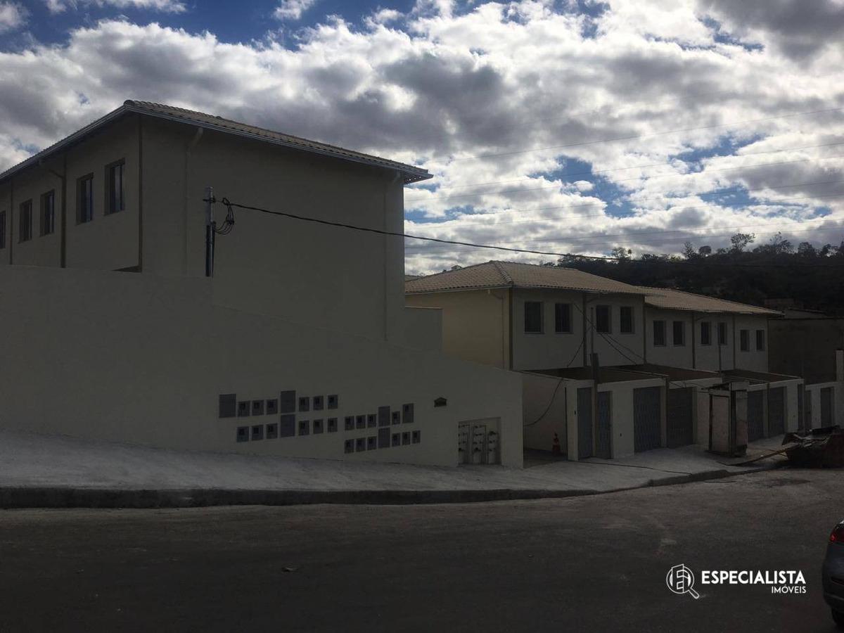 casas geminadas 3 quartos no centro santa luzia - ca0042