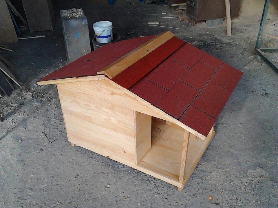 Casas para perro de madera natural no 3 con terraza for Crear una cubierta de madera