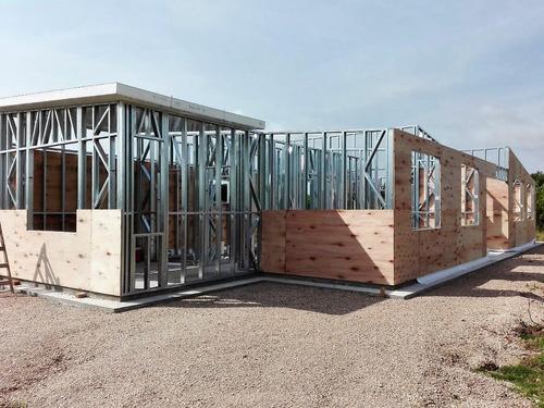casas prefabricadas: contenedores, isopanel y steel framing