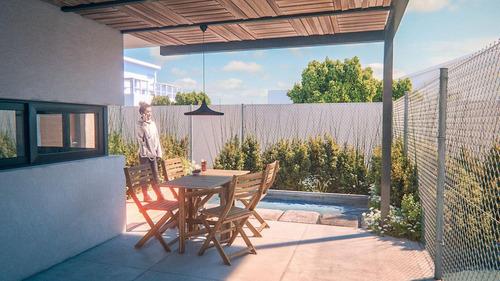 casas tipo dúplex con jardín propio, patio con parrilla