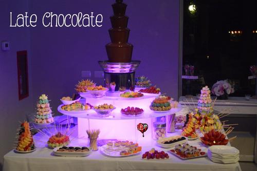 cascada de chocolate para eventos  late chocolate