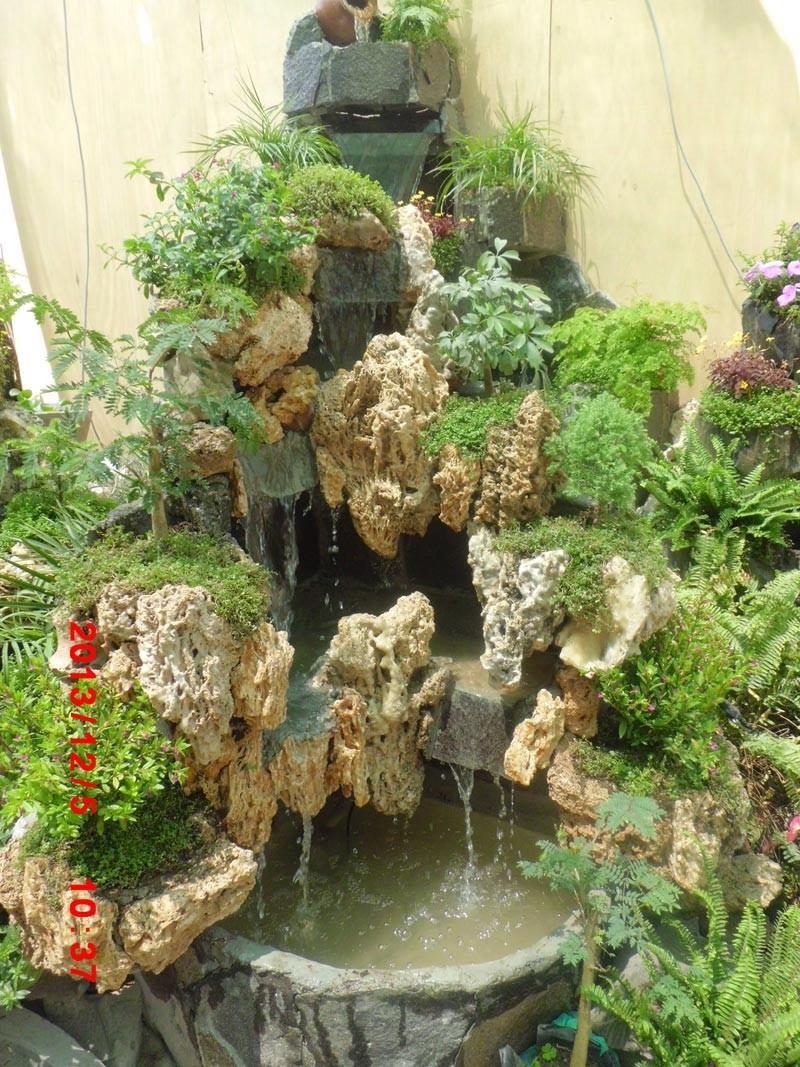 Cascadas de piedra para jardin finest cataratas cascadas for Estanques con cascadas de piedra