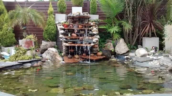 Jardines caseros con encanto jardines naturales with - Fuentes y cascadas de agua para jardin ...