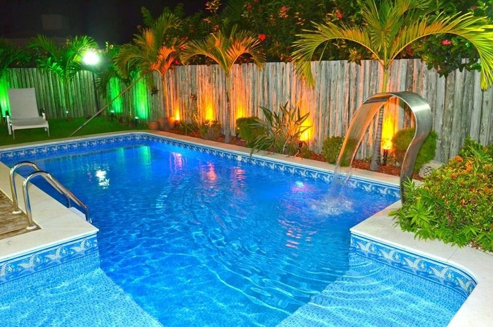 cascata para piscina em inox modelo high tech tipo naja