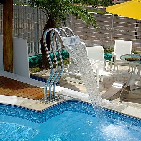 cascata para piscinas