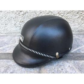 Casco De Moto Forrado Motorizado Marca Checo Color Negro