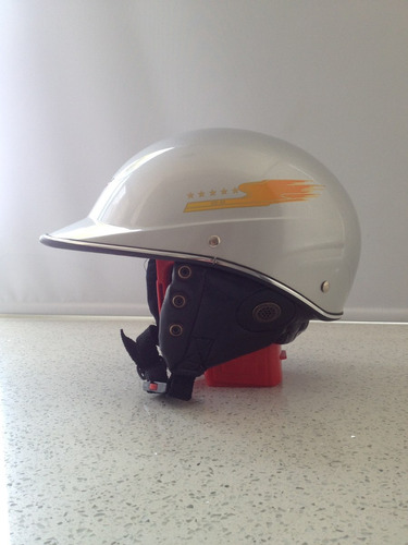 casco de moto sandoval