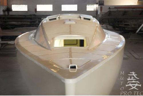 casco de veleiro spring 38 -  fase de acabamento
