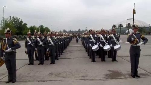 casco escuela militar modelo prusiano o pickelhaube