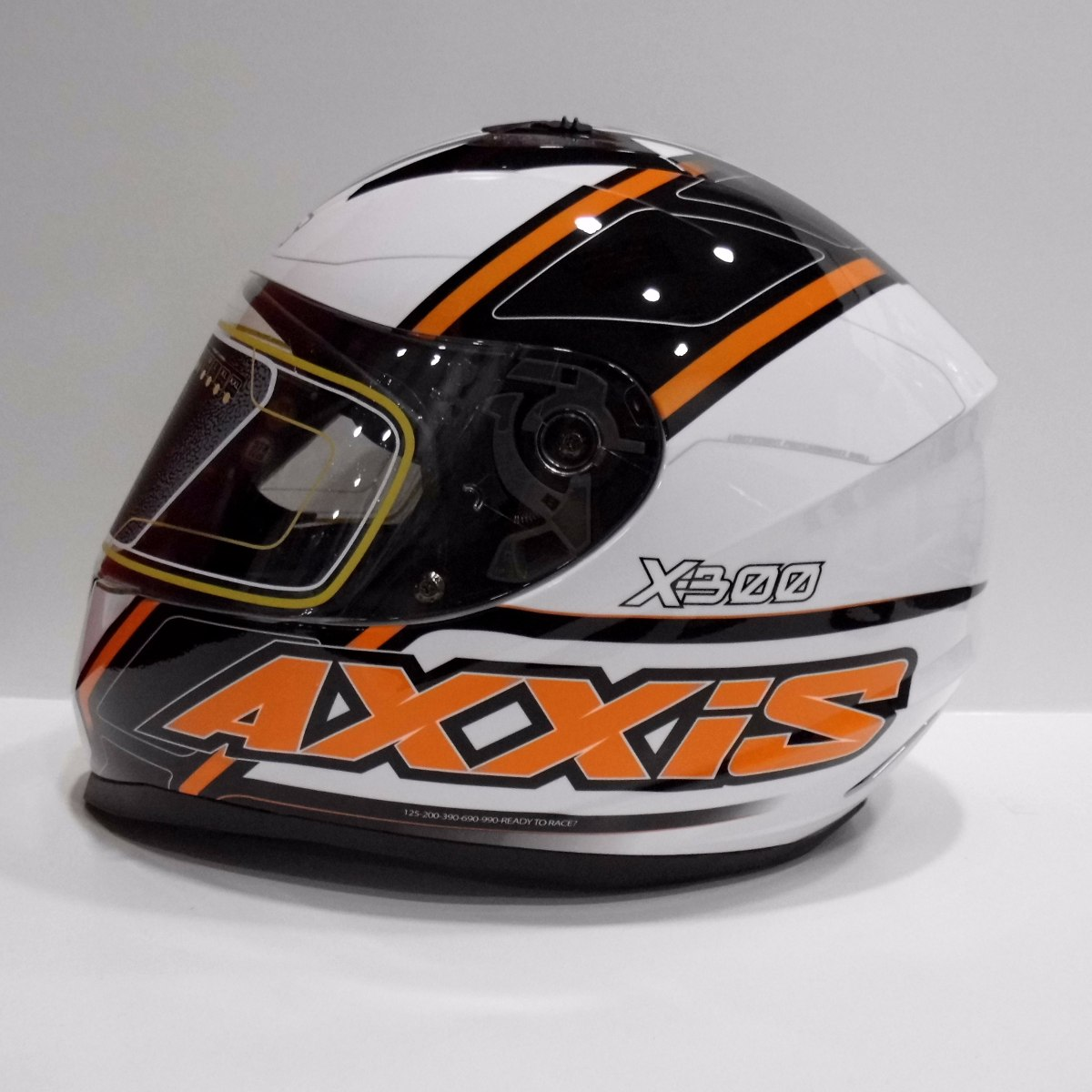d10e857aaed9d Casco Moto Axxis X-300 Duke Blanco Integral Deportivo. -   62.900 en ...