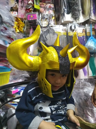 cascos de los caballeros del zodiaco