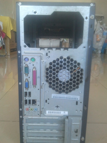 case lenovo con mother board y cpu 945d