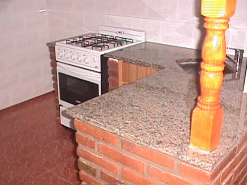 caseros duplex de 2 dormitorios, cocina, living comedor, baño sin animales 2º año 30%  + municipal f: 4011
