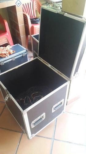 cases o rack para todo tipo de uso para meter cables luces
