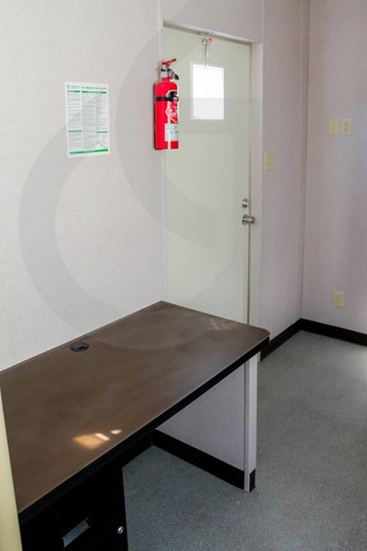 caseta , oficina, remolque, camper  8 x 24 pies