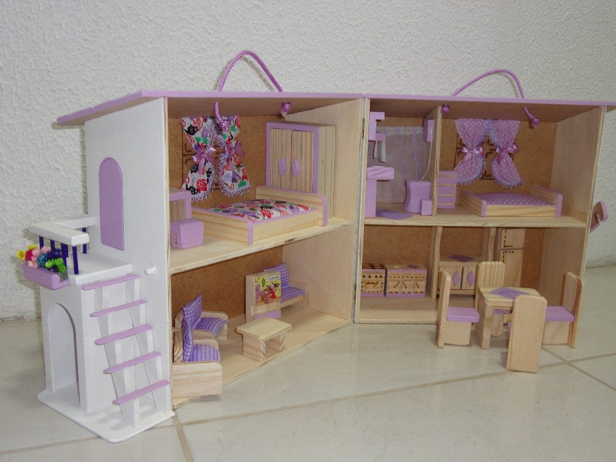 Casinha De Boneca Madeira Polly Cor Lilás R$ 194 00 em Mercado  #6D4732 1200x900 Banheiro Da Barbie Comprar