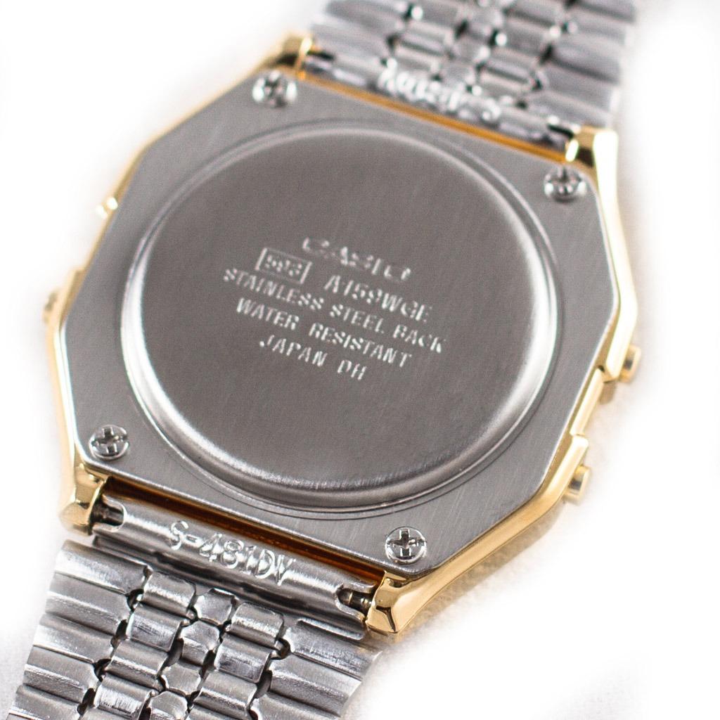 57eb7792bf96 casio vintage dorado de acero inoxidable con dial negro. Cargando zoom.