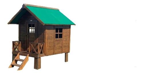 casita de madera con techo de chapa