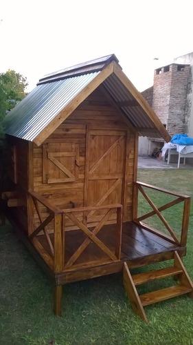 casita infantil hecha en madera