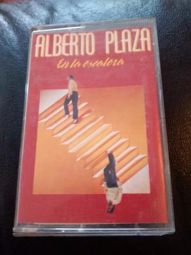 cassette de alberto plaza --  en la escalera (c-44