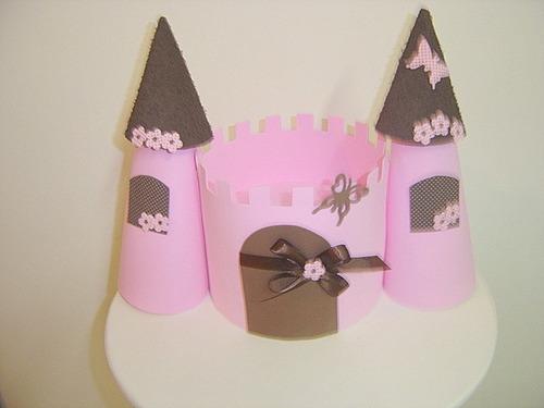 castelo rosa e marrom