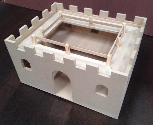 castillo fuerte de fibrofacil para soldaditos