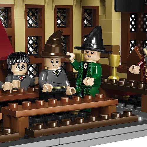castillo harry potter hogwarts 983 pcs compatible con lego