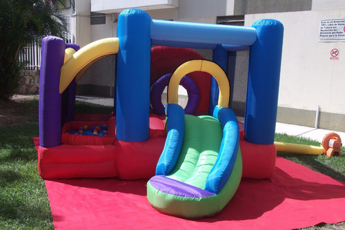 castillo inflable. 2100 bs. s. 3 horas
