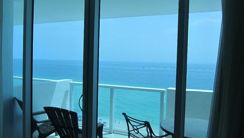 castle1029 con balcon/vista mar / cochera (may-nov) por mes