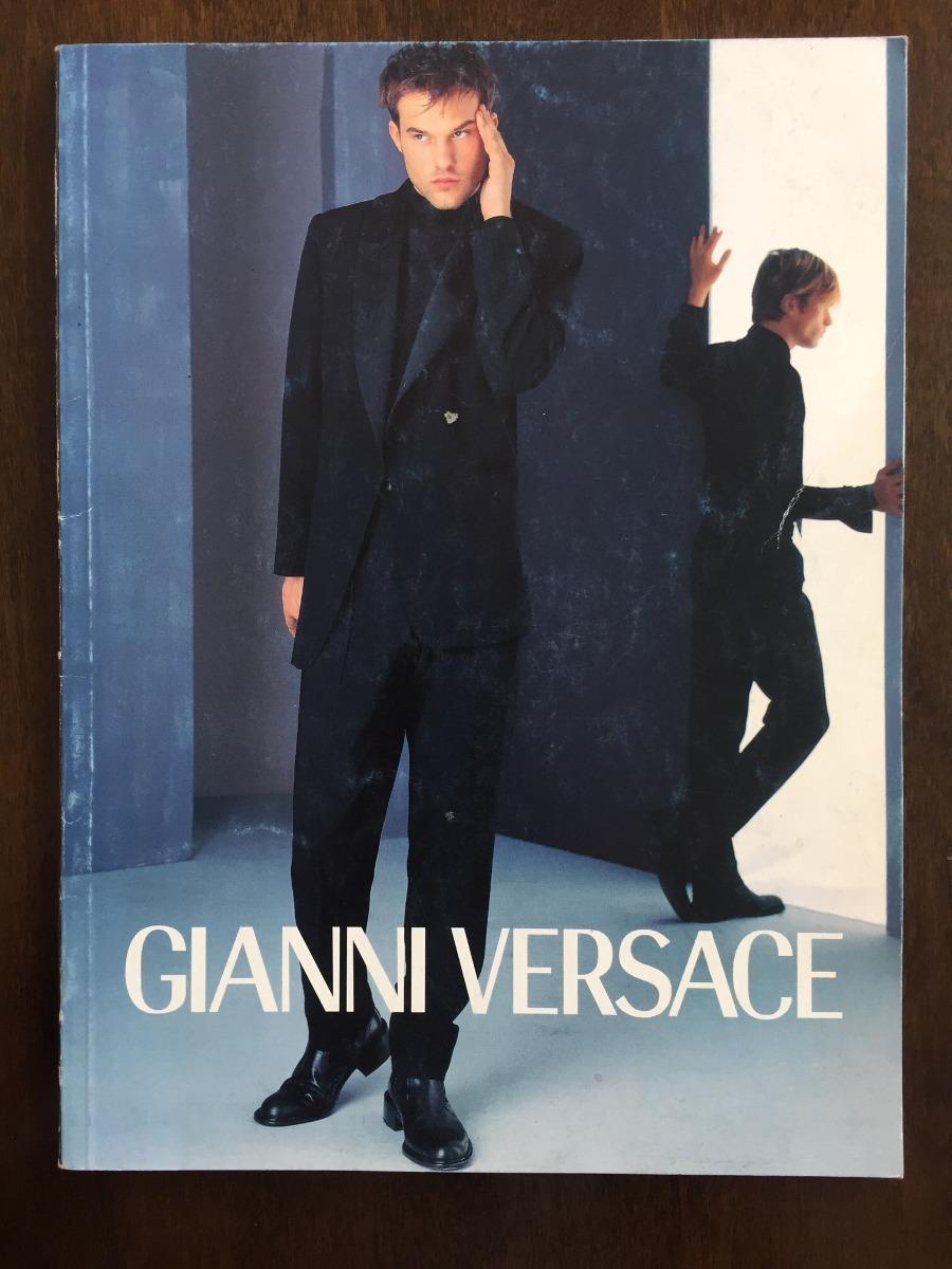 9aad5b7d8b Catalogo Versace Uomo O/i 1997-1998 - $ 2.000,00 en Mercado Libre