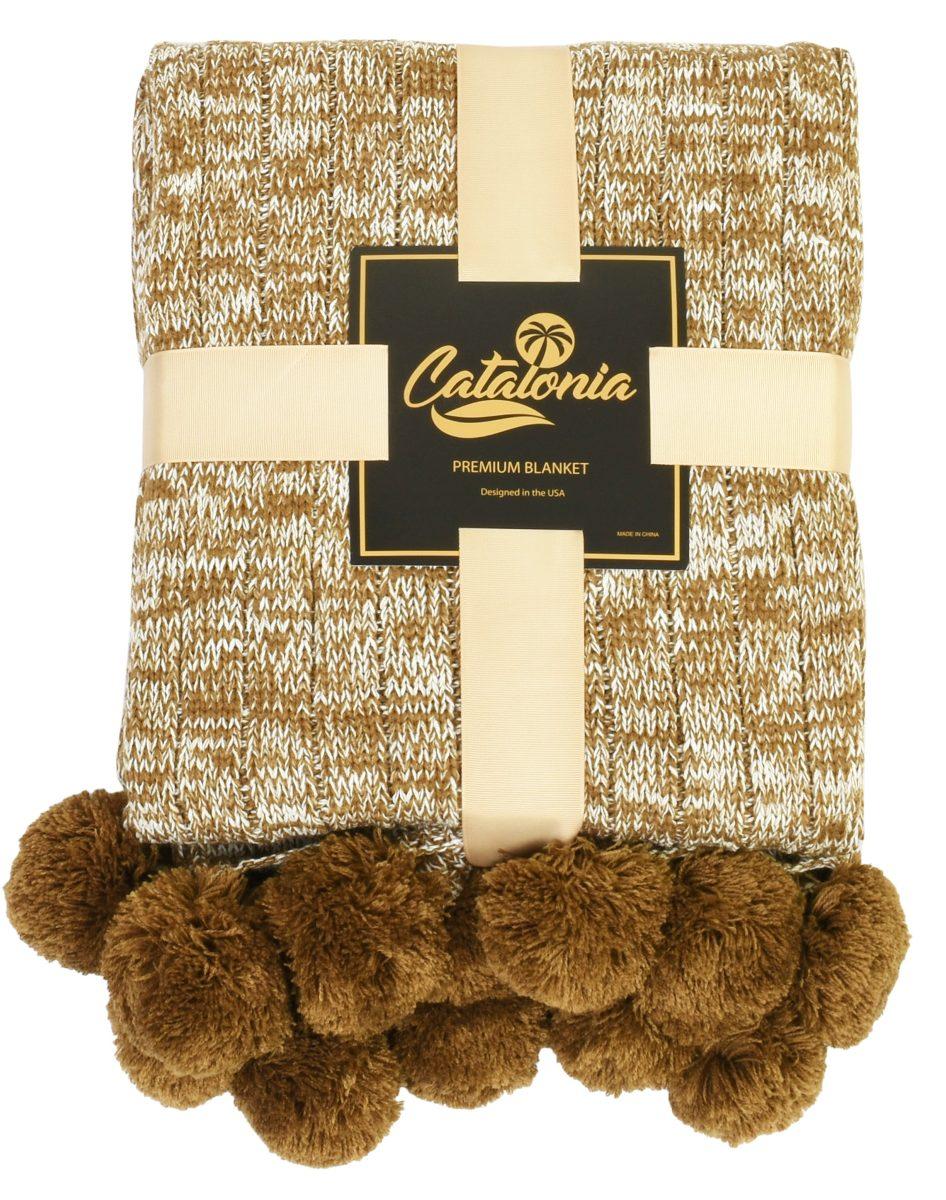 Cataluña Suave Cable Knit Pom Pom Tiro Manta... (brown) - $ 139.990 ...