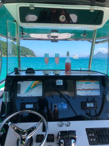 catamarã garnet offshore 300ht fly