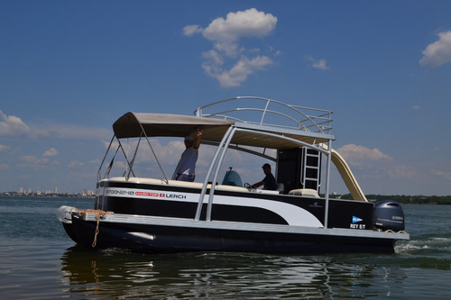 catamarán lerch pontoon 240 hard top con yamaha f150