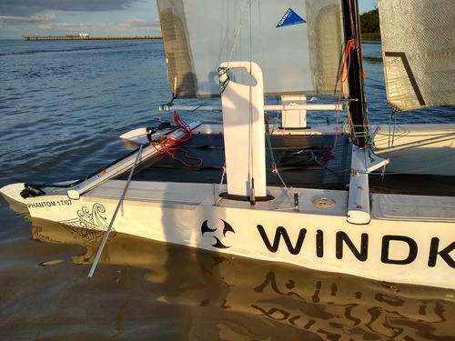 catamaran windkat