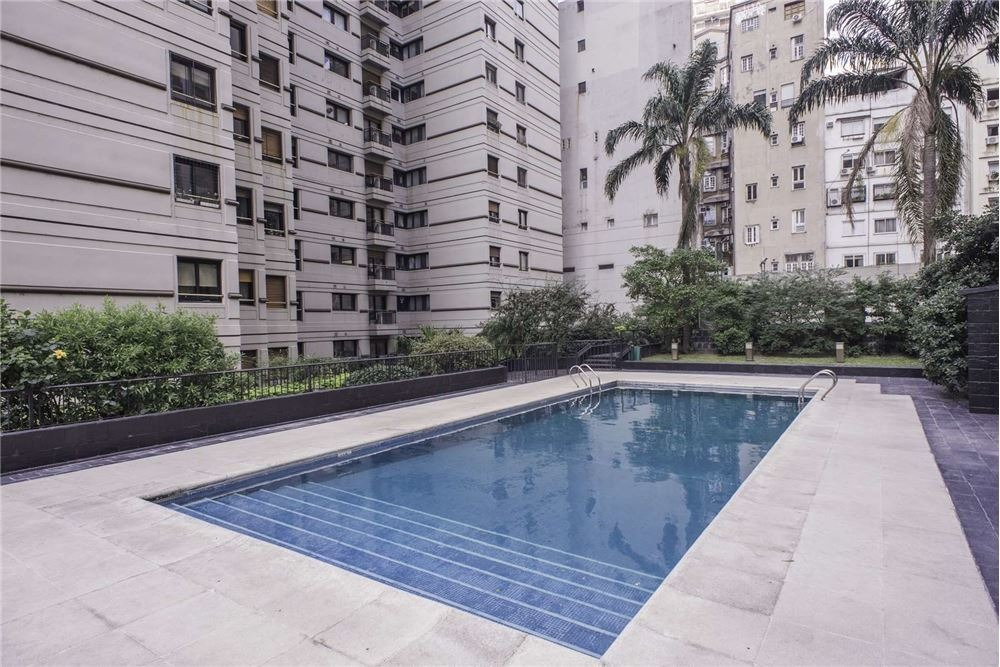 categoria + vistas amenities+ 2 cocheras+amoblado