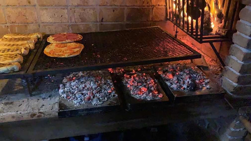 catering de pizzas, chivito, calzone tablas y parrillas