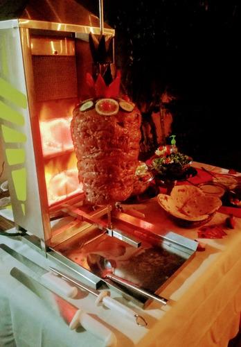 catering de shawarma y pernil