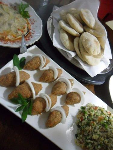 catering empanadas arabes carne /ques o 24 con  en capital