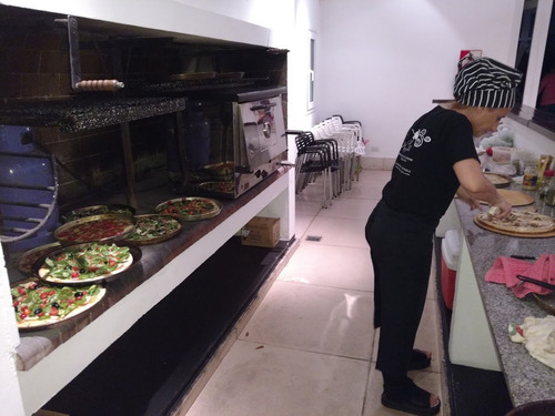 catering, pizza party,