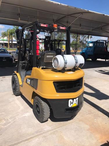 caterpillar 6000 lbs o 3 toneladas a gas