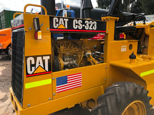 caterpillar cs-323 vibrocompactador 5.5 tn