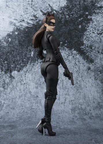 catwoman batman tdk s.h.figuarts - bandai