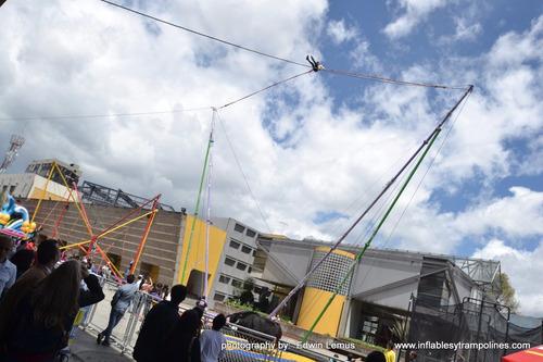cauchera humana, catapulta, bungee, jumper,jumping,slingshot
