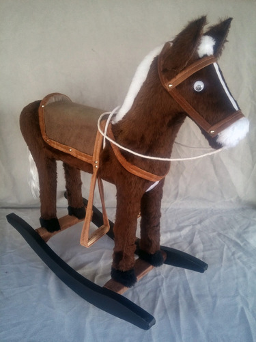 cavalinho brinquedo atesanal em pelúcia cavalinho fábrica