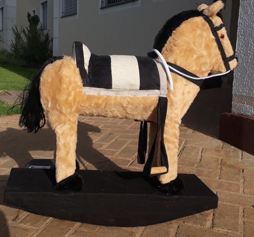 cavalinho de balanço infantil country menino menina poney